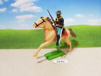 Britains Deetail Wild West US 7th cavalry trooper on horse (lot 2846)