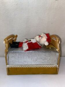Vtg 1950's Japan Felt SANTA IN BED UP/DOWN Motion Music Box Christmas Figurine