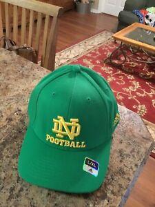 Notre Dame Fighting Irish Football 30th Anniversary Adidas Flex Fit Cap L/ XL Gn