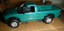"AMT 6118 AMT 1994 CHEVROLET PICKUP S-10 TEAL 4X4 promo 1/25 ""MODEL CAR MOUNTAIN"""