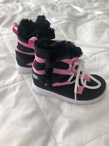 Nike Girls Boots Black And Pink Fur Lined