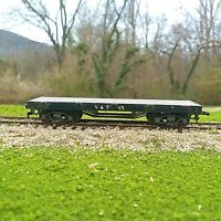 Pocher HO Scale 36' Flat Car Virginia and Truckee Black