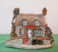 """Lilliput Lane """"Mrs Pinkerton's Post Office"""" In excellent condition."""