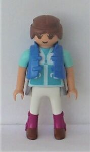 Playmobil Country    1 x Outdoors Lady Horse Rider       Good Condition