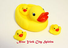 Duck Family Bath Set (Set of 4) - Floating Bath Tub Toy Set