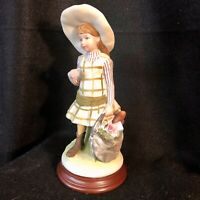 Adorable Vintage Holly Hobbie Figurine from World Wide Arts Inc