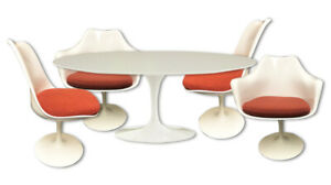 Knoll Saarinen 48-inch Table with 4 Chairs, All white set. - $2,900