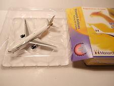 Boeing 767-31K/ER MONARCH / FLYMONARCH.COM / G-DIMB, Phoenix in 1:400 boxed