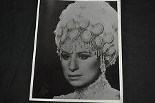 Barbara Streisand Vintage Auténtico Autografiada Firmado Foto Muy Rara