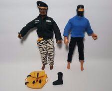 """G.I GI Joe 12"""" Stalker & Snake Eyes Action Figures 1992 Hasbro"""
