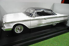FORD  STARLINER 1960 blanc Happy Days au 1/18 AMERICAN MUSCLE ERTL 36603 voiture