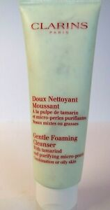 Clarins Gentle Foaming Cleanser With Tamarind and purifying micro pearls 125 ml