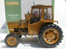 UNIVERSAL HOBBIES, 1:16 scale, VALMET 502 (1973) FARM TRACTOR (FINLAND) UH2771U
