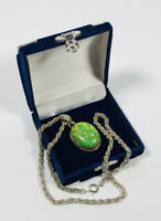 Vintage Necklace Silver Tone Twisted Rope Chain With Green Faux Agate Pendant