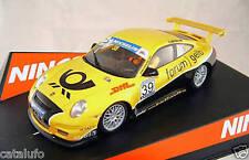 Ninco 50445 Porsche 997 Forum Gelb Slot Car 1/32