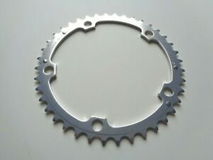 *NOS Campagnolo 10 Speed 40T 3/32 aluminium chainring - 135BCD*