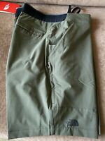 The North Face Paramount Active Shorts / Mens 36R / New Taupe Green / NWT