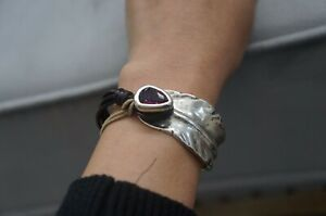 "NWT Uno De 50 ""Estoy Colao"" Fuchsia Elements Crystal Feather Wrap Bracelet 6"""
