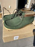 Green Clarks Wallabees 10.5 EUC