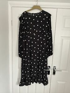 new look maternity dress 16