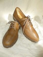 VINTAGE LILLYWHITES  PICCADILLY LONDON LACE UP SHOES  UK 7