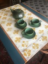 EDITH HEATH EARLY VINTAGE TEAPOT + THREE CUPS AND SAUCERS EXC MID CENTURY GREEN