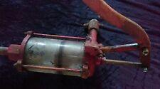 ancienne pompe à huile AO no émaillée,loft,usine,vintage,industriel,moto