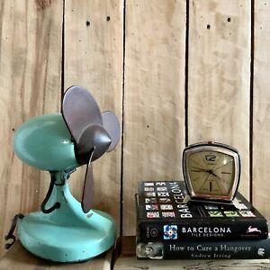 VINTAGE RARE  Cast Iron Electric Fan Streamline Mid Century 1961  Atomic