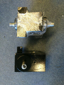 Left and Right Gearbox For Carter R-0570H Bending Roll