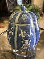 """Vintage Deep Blue Asian Porcelain Lidded Ginger Jar 6.5"""" Tall 5"""" Wide"""