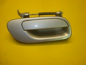 01 02 03 04 VOLVO S60 REAR RIGHT PASSENGER OUTER EXTERIOR DOOR HANDLE SILVER OEM