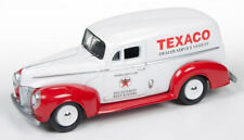 Johnny Lightning 1:64 Texaco 1940 Ford Delivery Van Official Heritage Texaco