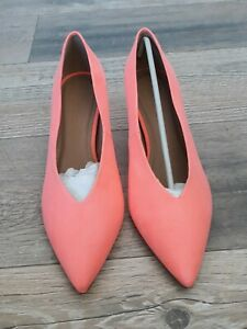 Ladies Womens Asos Shoes Size 7 Court Heels Pointy Suede Orange / Pink