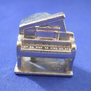 Scene It Music Baby Grand Piano Token 2005 Replacement Game Part Piece Mover