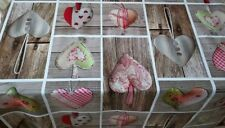 PATCHWORK HEARTS BROWN WOOD EFFE...