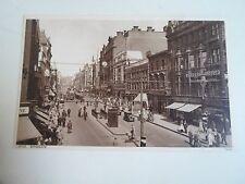 G209 Briggate, Leeds, West Yorkshire Vintage Postcard 74546 Photochrom Co Ltd