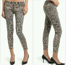 NWT GUESS by Marciano The Cropped Skinny Jean No. 61- soft pink Leopard size 25