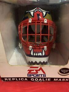 John Vanbiesbrouck Pinnacle EA Sports Florida Panthers mini mask Helmet in box