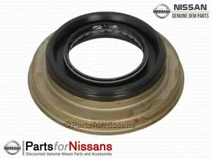 Genuine Nissan Transfer Case Output Shaft Seal - NEW OEM