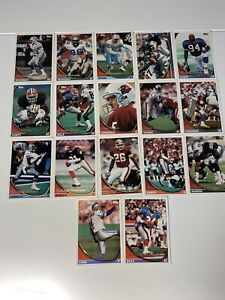 1994 TOPPS FOOTBALL CARD lot of 17 cards