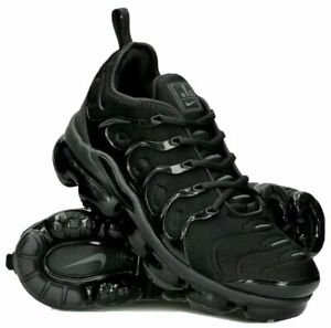 Nike Air VaporMax Plus | Triple Black | Size UK 8 | Good Condition