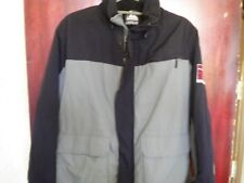 A GREY & BLACK QUIKSILVER COAT SIZE SMALL