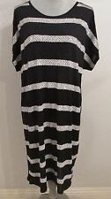 8d0e4dbfd862 Michael Kors Large Black & White Cap/dolman Sleeve Sheath Dress