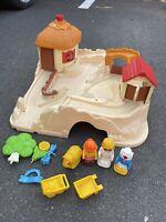 Vintage Matchbox Shufflie Farm Playset very rare toy