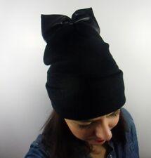 Bonnet noir hiver laine noeud en simili cuir noir original rock glamour