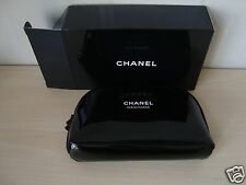 CHANEL black cosmetic / makeup  bag  gift from CHANEL maquilage clutch