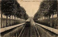 CPA PARIS 19e - Le Métro montant (301929)
