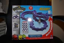 Chugginton Die Cast Twists and Turns Action Track Pack
