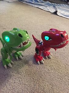 2 Spin Master Zoomer CHOMPLINGS Red + Green Dinosaur Electronic Interactive Pet