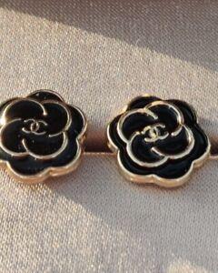CHANEL CC Logo Pair Earrings Enamel Black Camellia